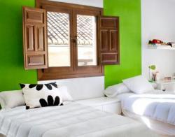Todas est�n dotadas de Nevera, TV, y camas de 105cm x 200 cm