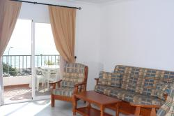 Apartamentos HC Burriana Playa,Nerja (Málaga)